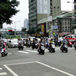 Überall zu finden: Mopeds.