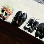 Selbst die Schuhe müssen regelkonform aufgestellt werden.
