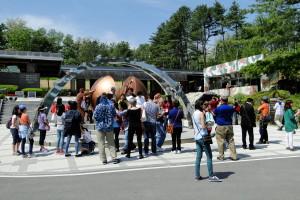 Die meisten Touristen sind aus den USA oder China.