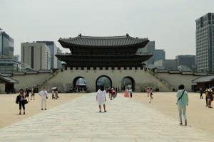 Der große Platz vor dem Palast.