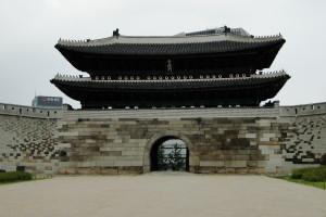 Kurzer Abstecher zum Namdaemun Gate.